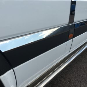 Volkswagen Crafter Side Styling