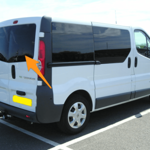 Vauxhall Vivaro Offside Back Door Glass In Privacy Tint