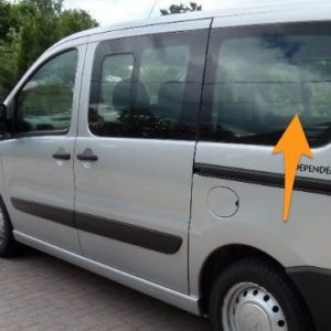 Citroen Despatch N/S/R Fixed Window in Privacy Tint (SWB)