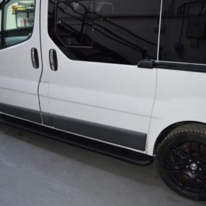 Vauxhall Vivaro Fox Running Boards / Side Steps - Black Aluminium (LWB L2)